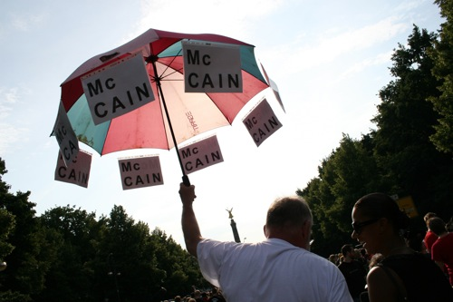 McCain supporter at Obama speech in Berlin